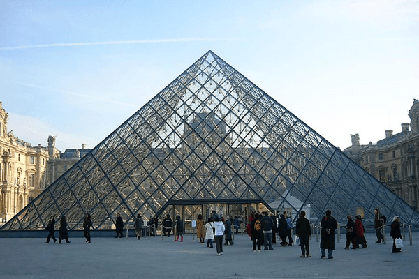World-Famous Architect, known for Pyramid at Lourve, I.M. Pei dies at 102